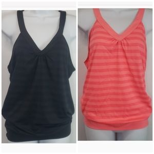 Lot of 2 Old Navy Active tank tops sits on waist L